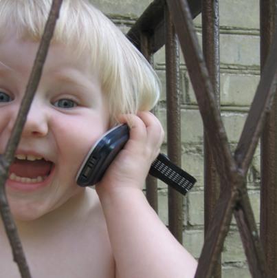 Phone House con los padres en el control de dispositivos móviles en menores