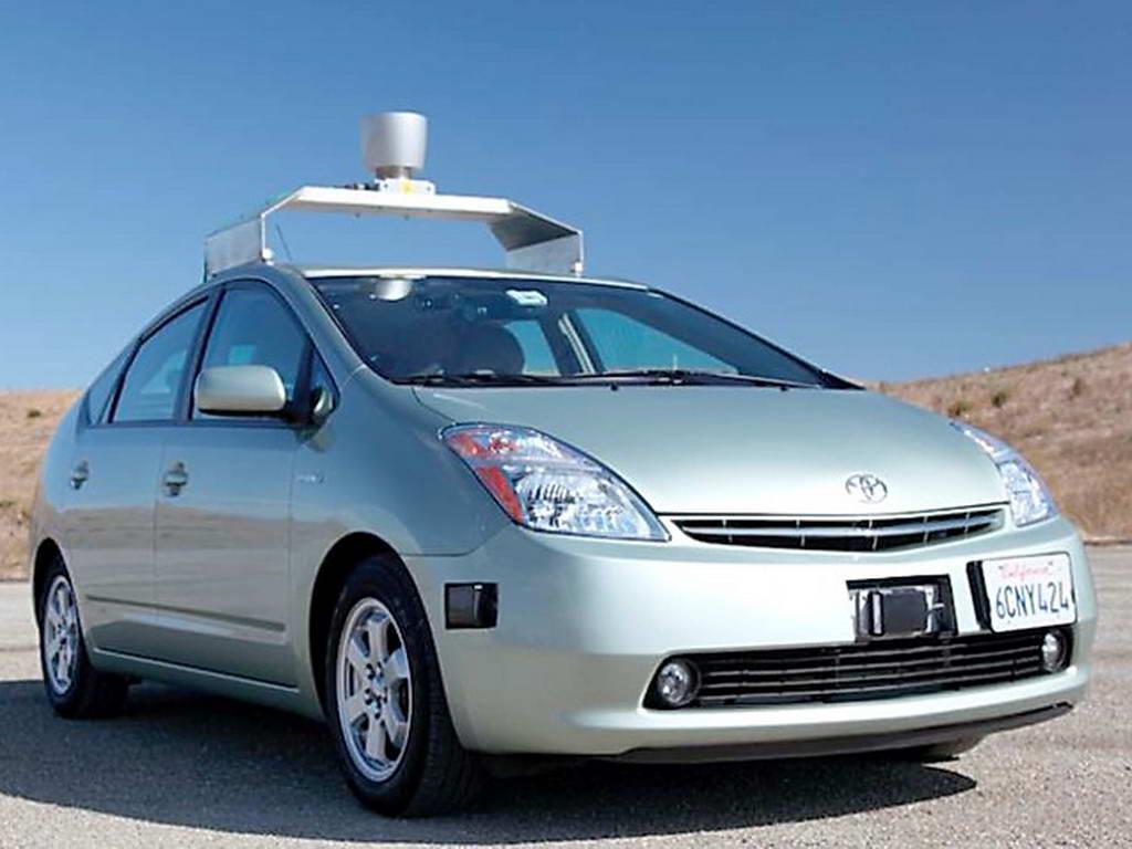 Google quiere crear su propio coche autónomo