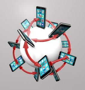 Los internautas españoles navegan con su smartphone