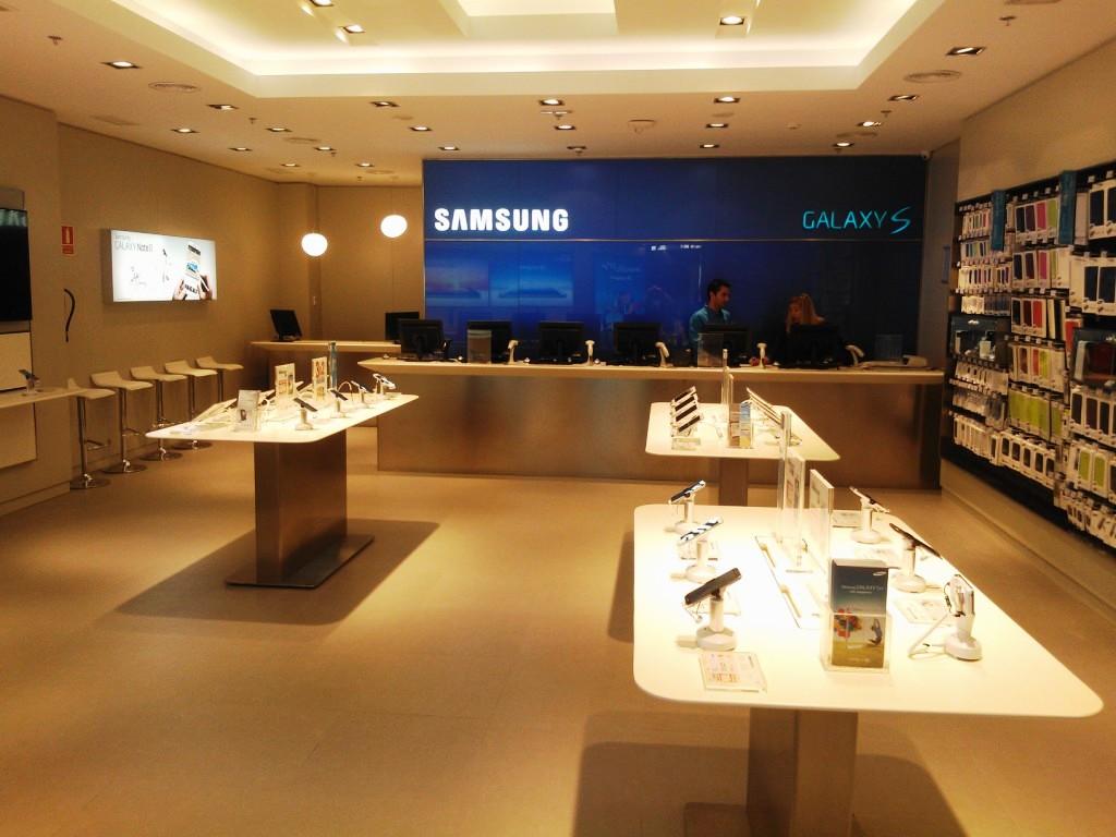 Samsung y Carphone Warehouse colaboran en un nuevo concepto de tienda en toda Europa