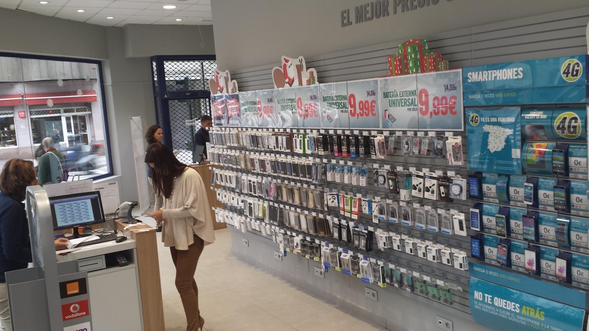 Más del 60% de los gallegos se lleva el móvil al baño y cerca del 40% confiesa no poder vivir sin él
