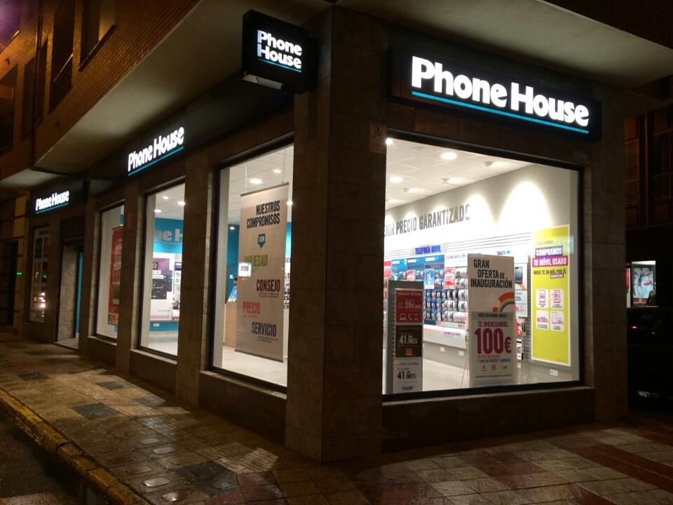Phone House abre una nueva tienda en La Bañeza (León)