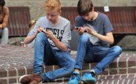 Cómo evitar sustos cuando llega la factura de móvil de tus hijos