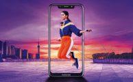 Motorola presenta su nuevo Motorola One con pantalla infinita y Android One
