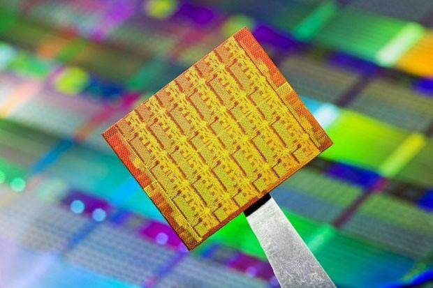 Intel trabaja en un chip de 48 núcleos para smartphones y tablets