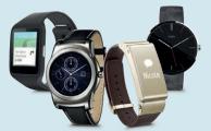 ¿Cuáles son las funciones principales de los relojes y pulseras inteligentes?