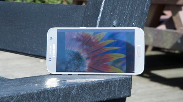 Samsung Galaxy S7 outdoor screen 1