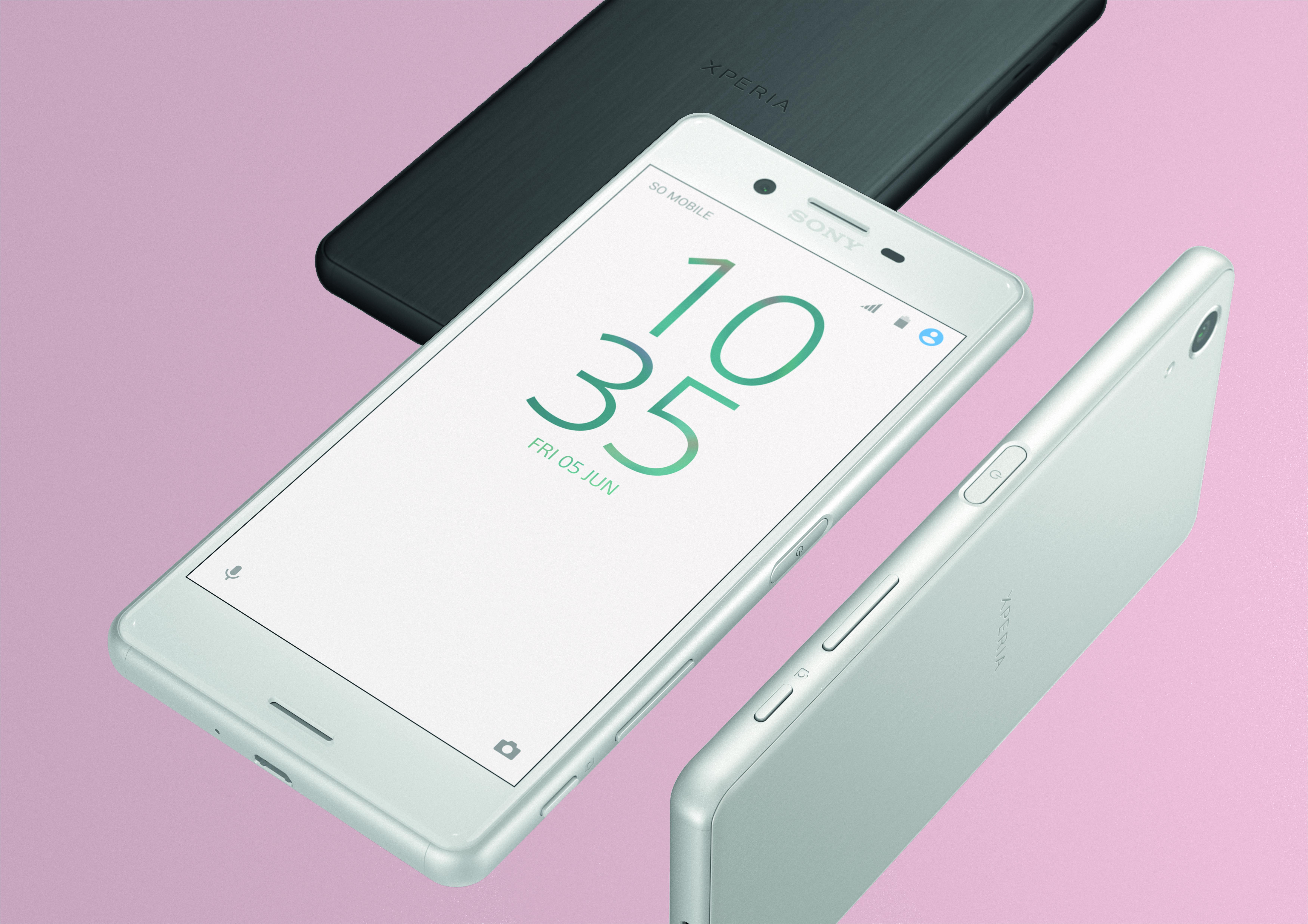 Sony Xperia XA_black and white_compo3