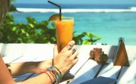 Los mejores trucos para que tu móvil sobreviva al verano