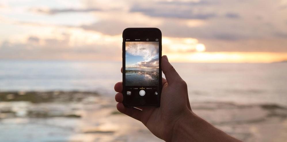 smartphone playa verano consejos