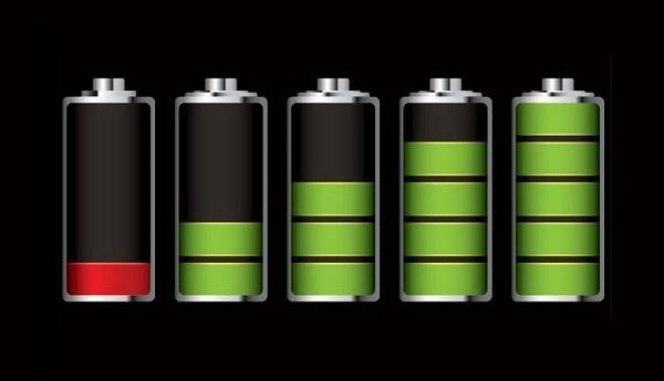 Desmintiendo mitos: cargar la batería del móvil por la noche no es malo