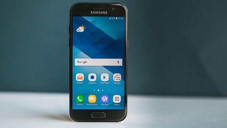 Samsung Galaxy A3 2017 recibe la esperada actualización a Android Nougat