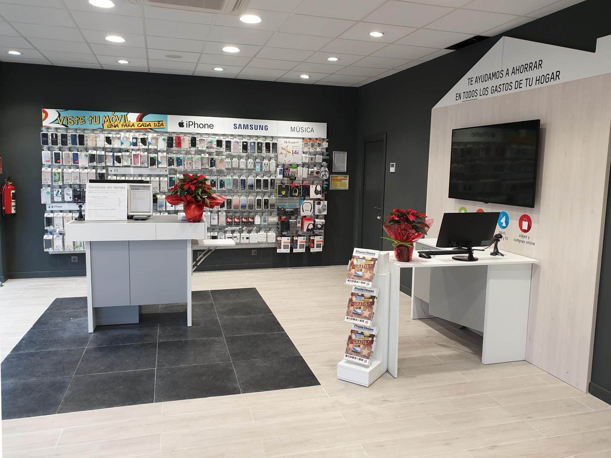 Interior-Tienda-Phone-House-Medina-de-Pomar-(Burgos)
