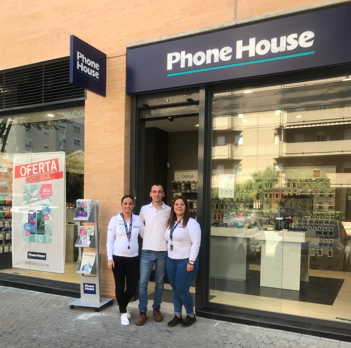 Phone House inaugura su séptima tienda en Sevilla