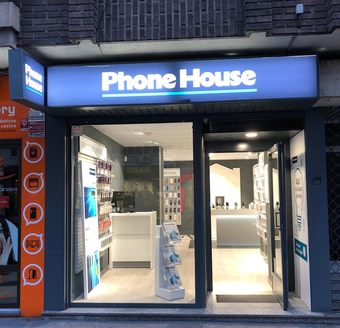 Phone House abre en Salamanca