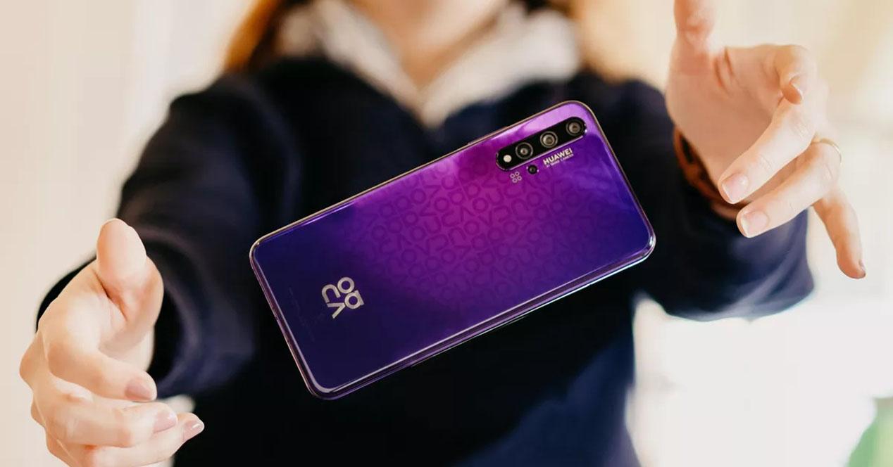 Huawei Nova 5t Trasera