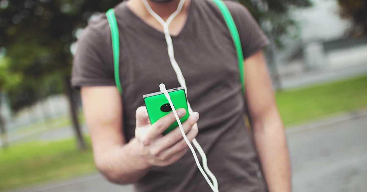 Cómo Escuchar Música Con Los Auriculares En El Móvil Si No Tiene Jack De 3.5 Mm