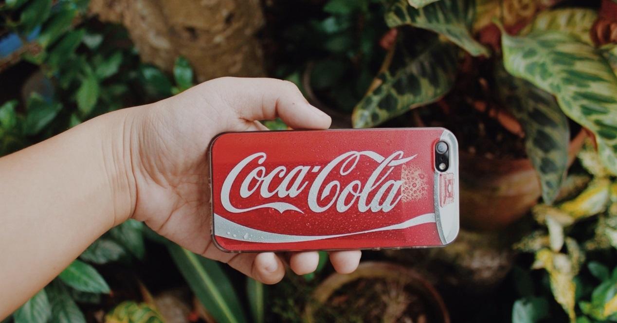 Carcasa Coca Cola