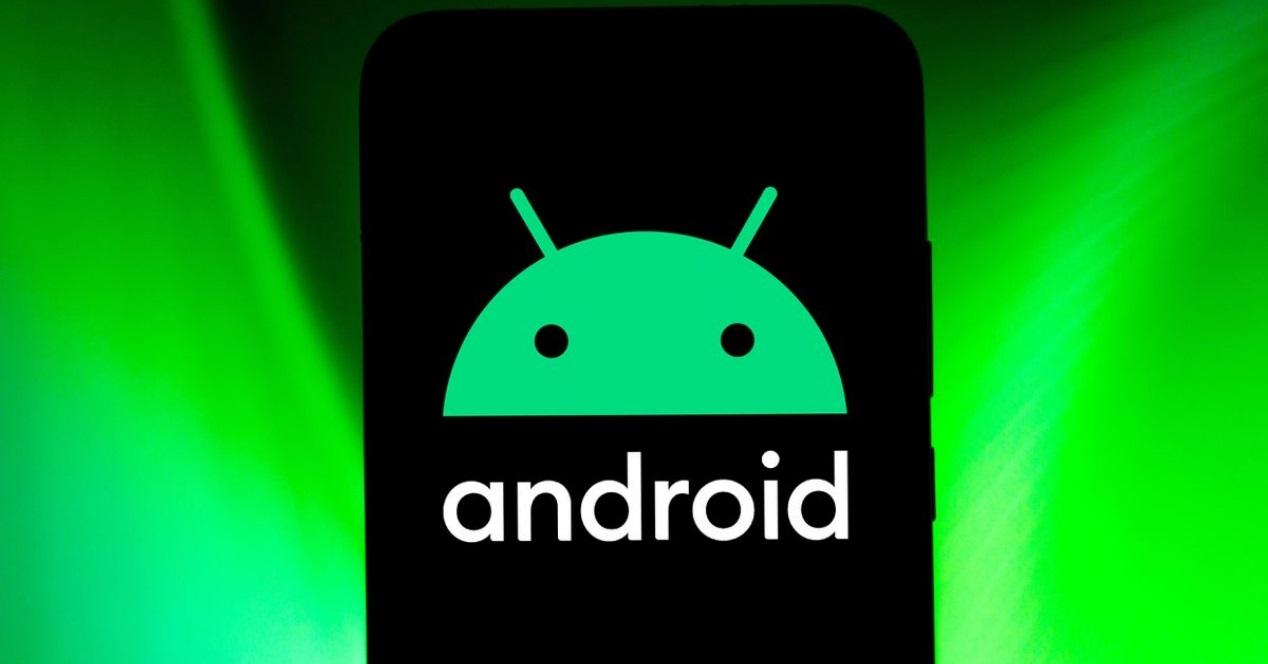 Android Y Fondo Verde